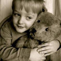 Petit garçon et son ours