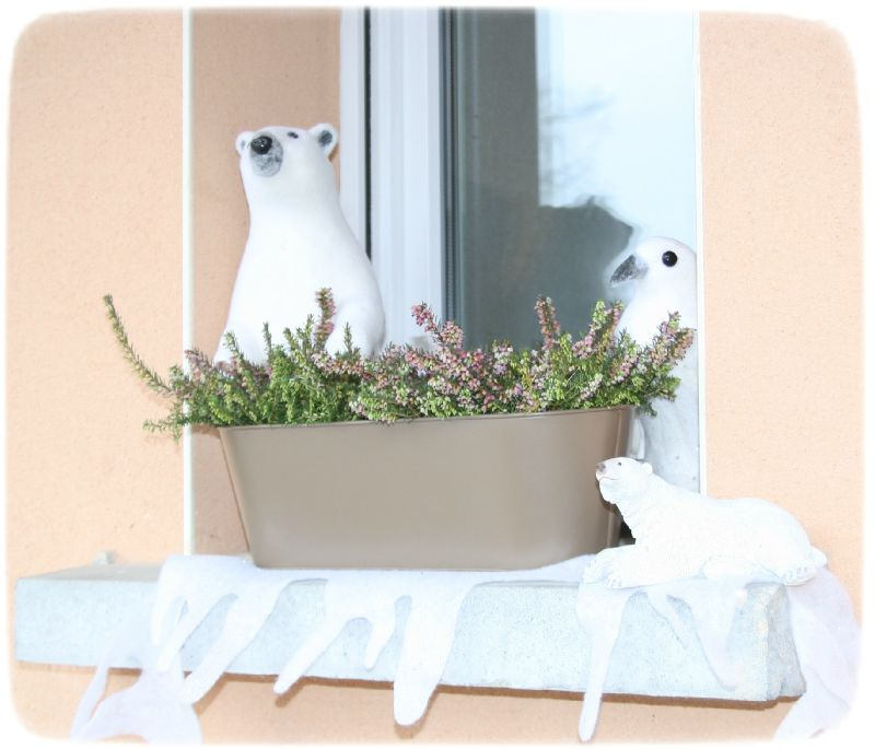 No l th me blanc d co de fen tre ours photo de d co for Decoration de fenetre exterieur