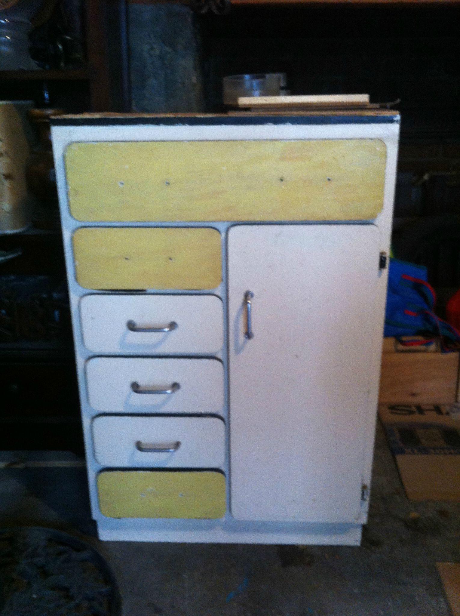 Petit meuble de cuisine petit meuble cuisine en frne decoration de maison petit meuble de for Petit meuble rangement cuisine