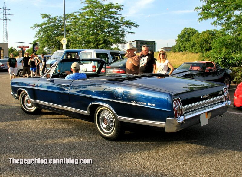Ford galaxie 500 convertible de 1967 (Rencard Burger King Juin 2014) 02
