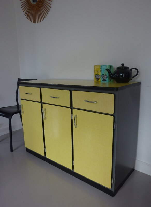 Buffet formica madrid meubles vintage pataluna chin s for Meuble formica