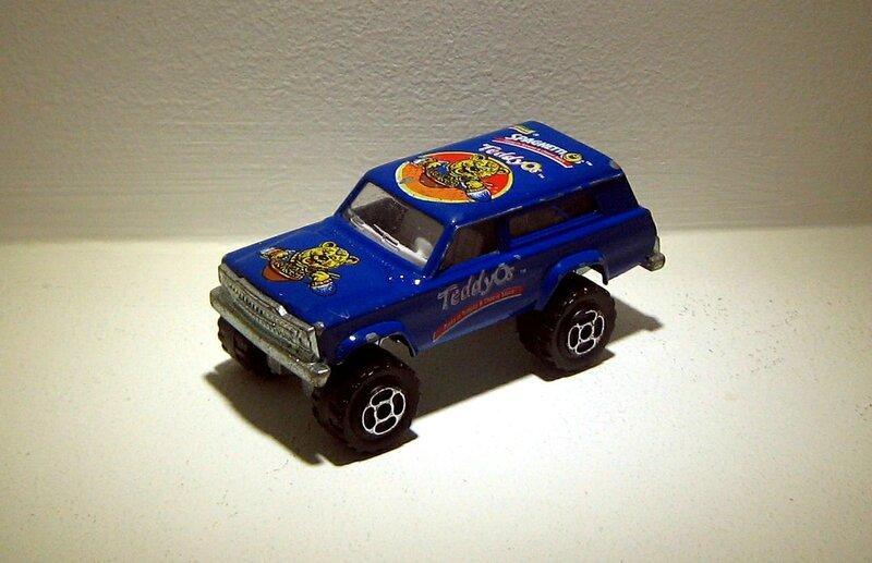 Jeep cherokee Teddy os (Majorette)