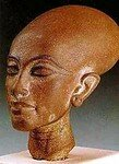 nefertiti1_edited