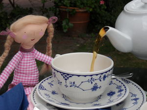 Tea_at_Penshurst_006