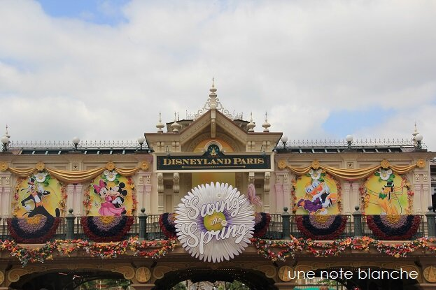 disneyland_paris_spring