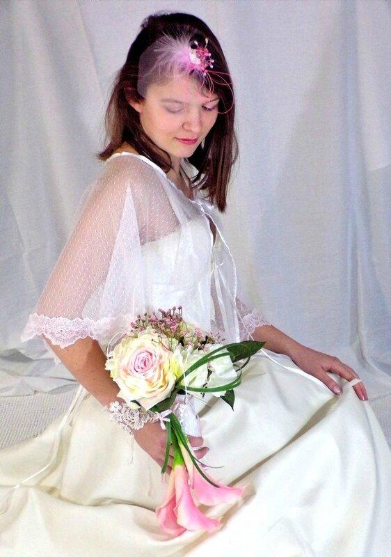 Bouquet de mariée et accessoire de mariage romantique
