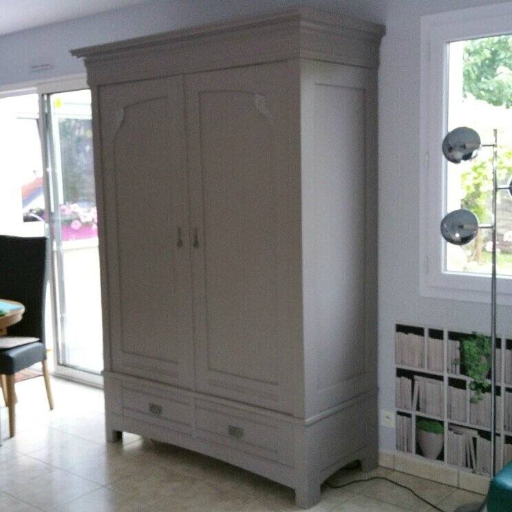 relooking armoire de bernard et bea l atelier de nanouchka. Black Bedroom Furniture Sets. Home Design Ideas
