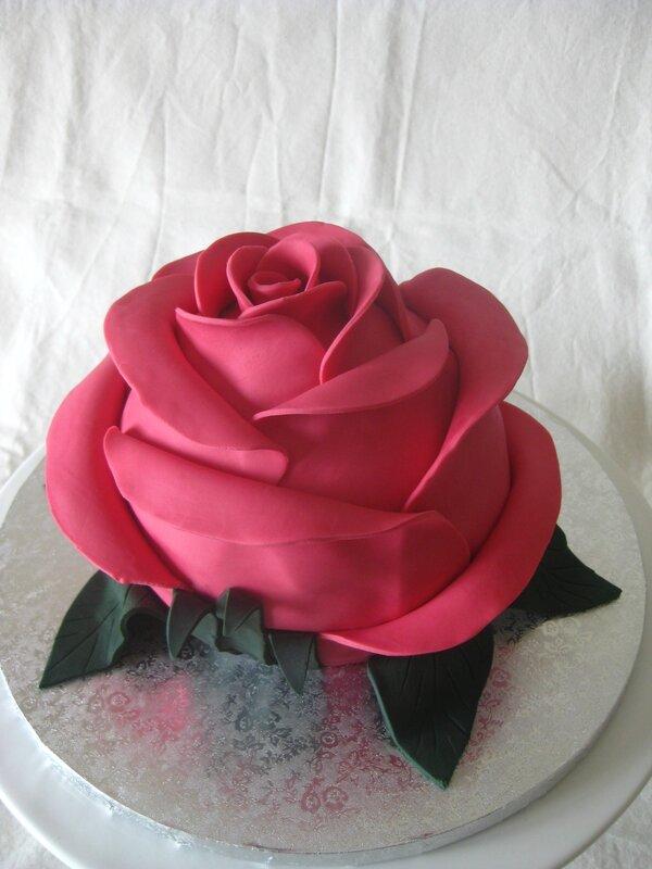 20160405 gâteau bouton de rose (20)