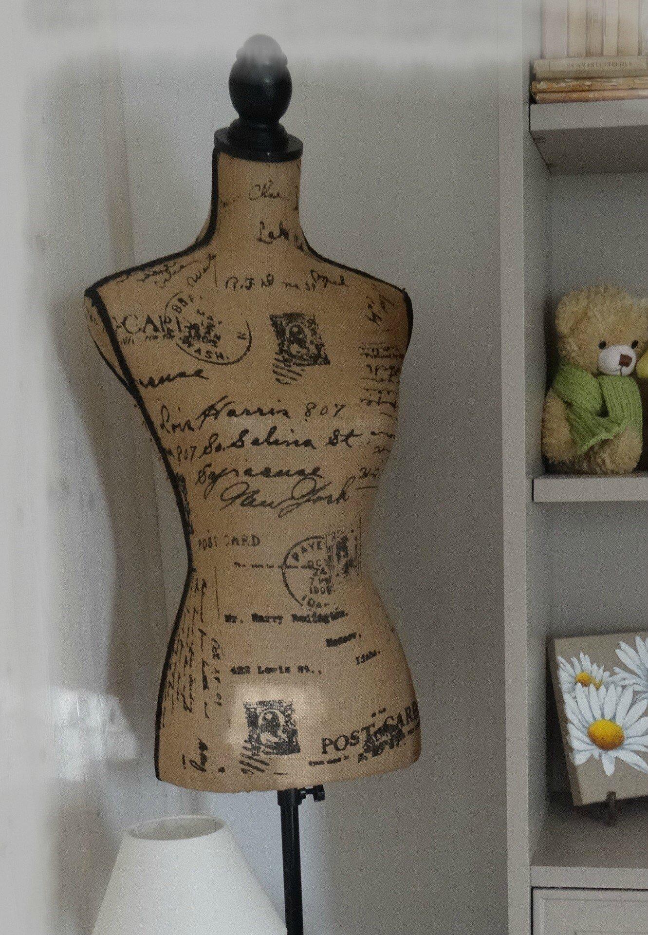 mannequin de couture gpassion. Black Bedroom Furniture Sets. Home Design Ideas