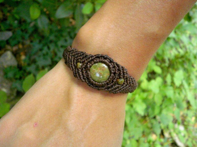 bracelet macram homme pierres d 39 unakite stonanka. Black Bedroom Furniture Sets. Home Design Ideas
