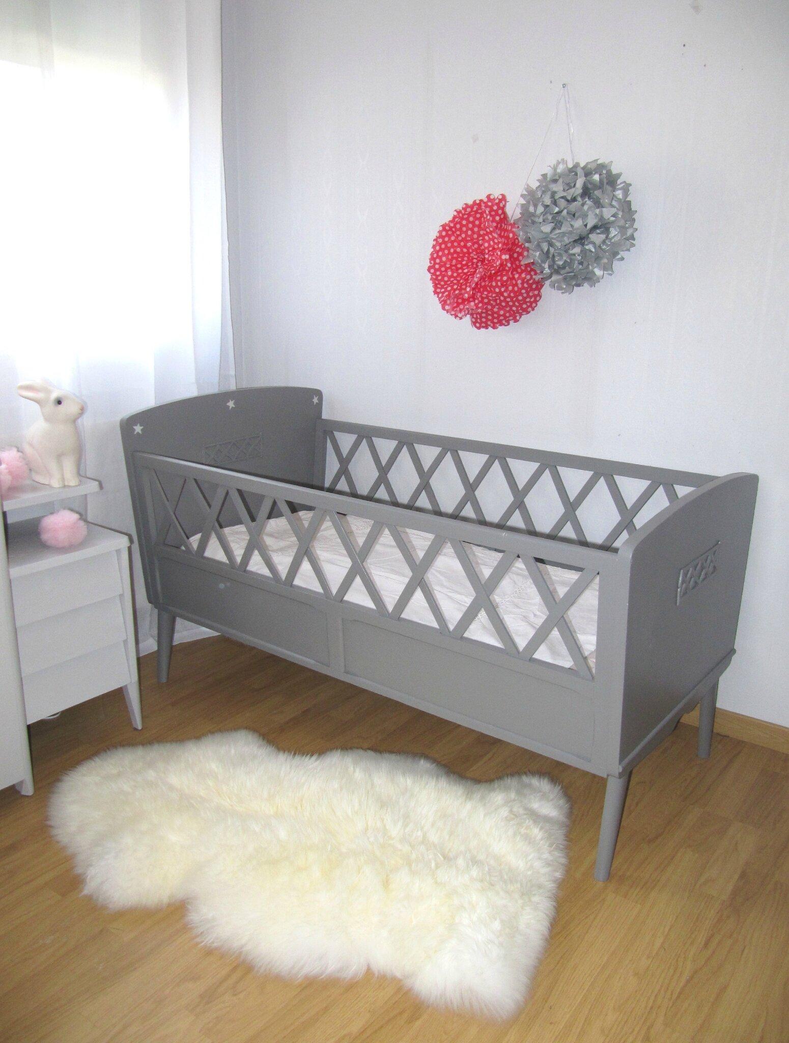 Lit bébé années 50 croisillons.   mobilier vintage pour enfants ...