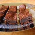 Du chocolat pour un gâteau fondant et simplissime.