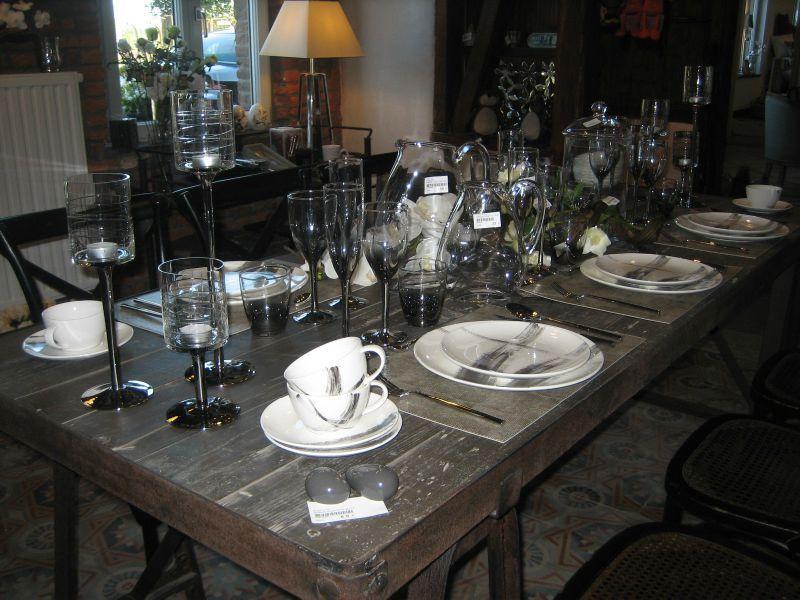 La table by SIA Home Fashion - Kaye Home Fashion