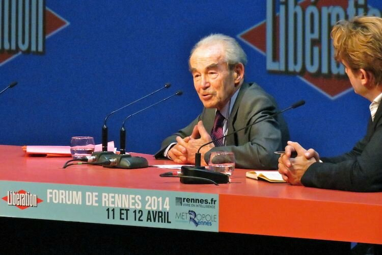 636653-robert-badinter-forum-rennes-2014-2030