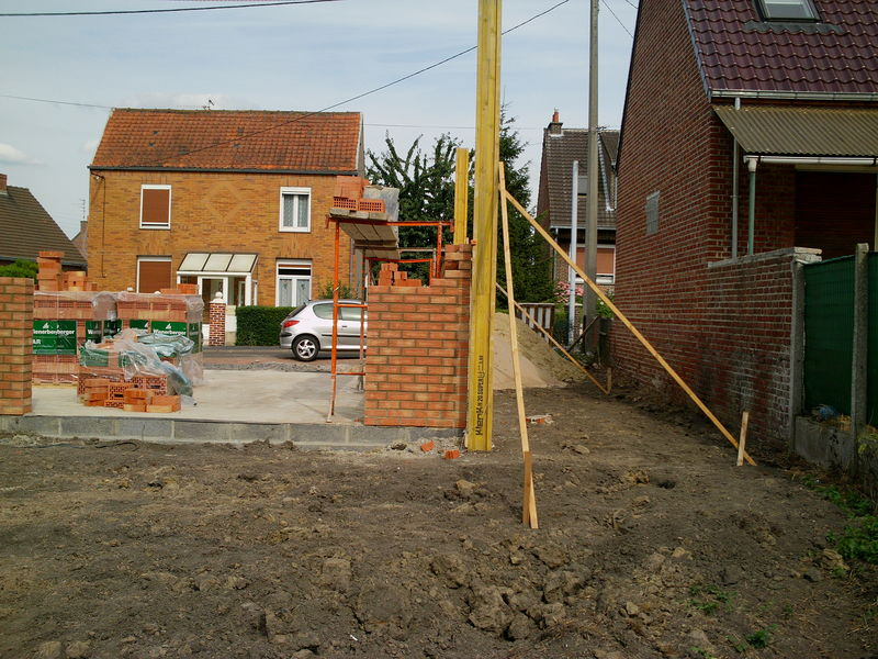 2eme jour construction de ma maison dans le nord par for Castor construction