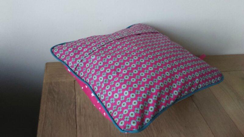 comment coudre une housse de coussin avec fermeture eclair. Black Bedroom Furniture Sets. Home Design Ideas