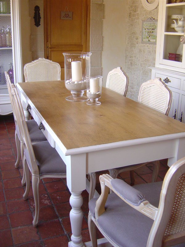 Table photo de nouvelle vie pour meubles cottage et for Table de salle a manger henri ii