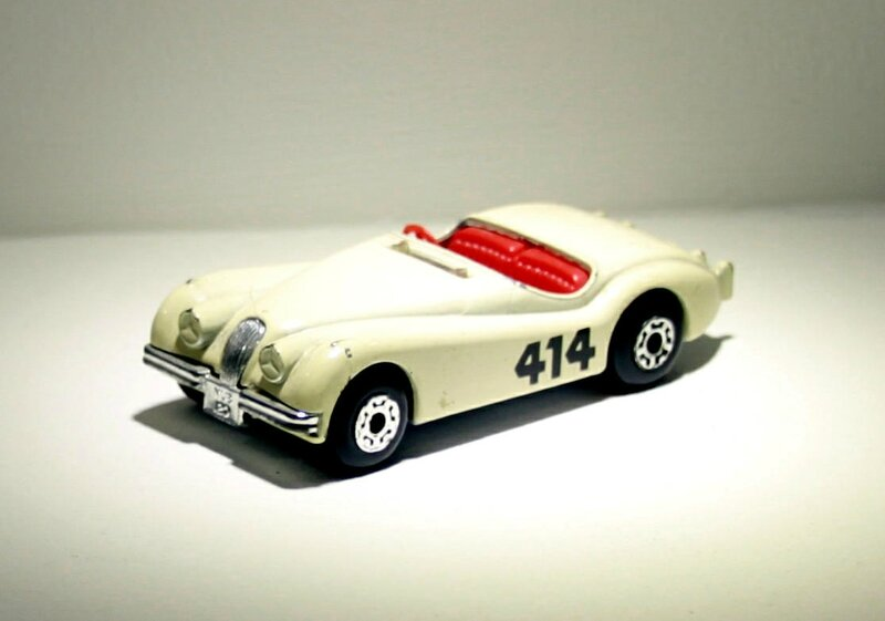 Jaguar XK 120 (Matchbox) 01