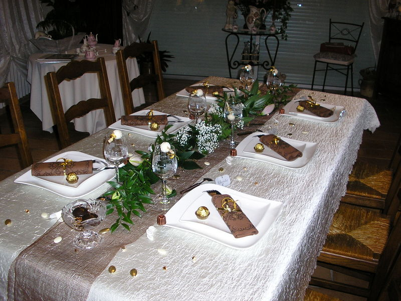 decoration de table pour un diner entre amis