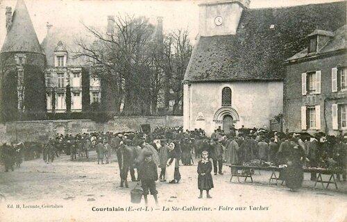 CPA Courtalain Eure et Loire Foire Ste Catherine