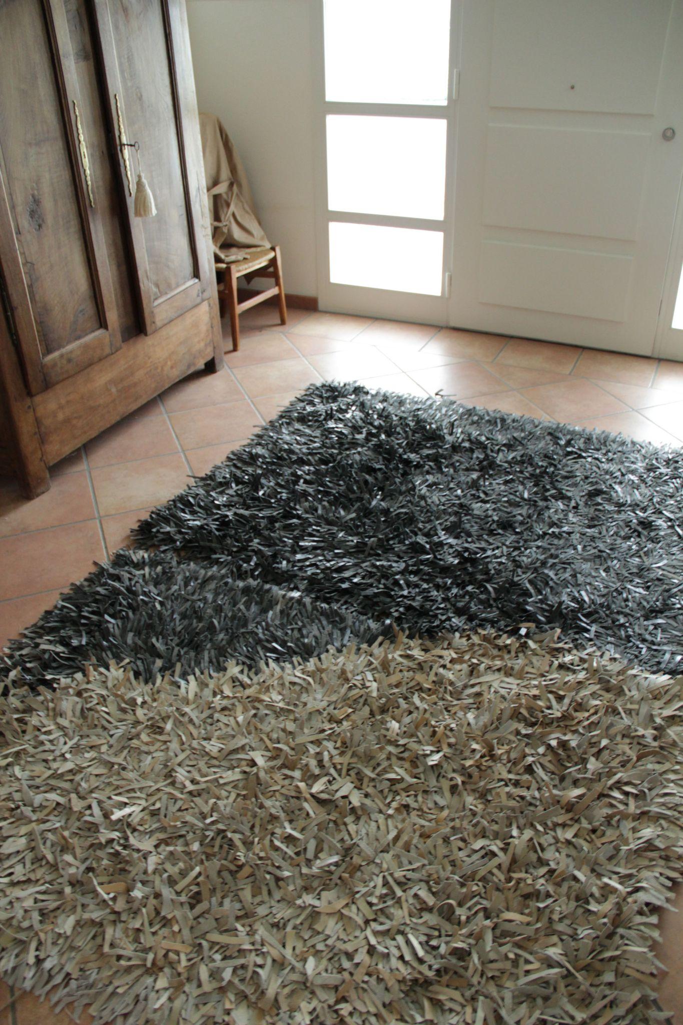 du canape au tapis pointes de folie With tapis champ de fleurs avec groupon canapé cuir
