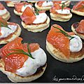 Blinis, gravlax de saumon et crème moutarde / sirop d'érable -- battle food 26