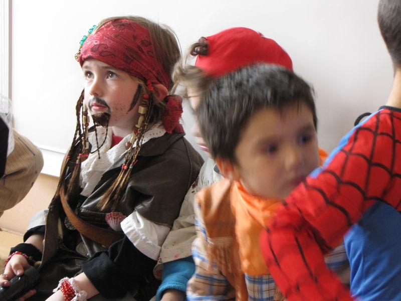 Nathan - carnaval de l'école - avril 2009