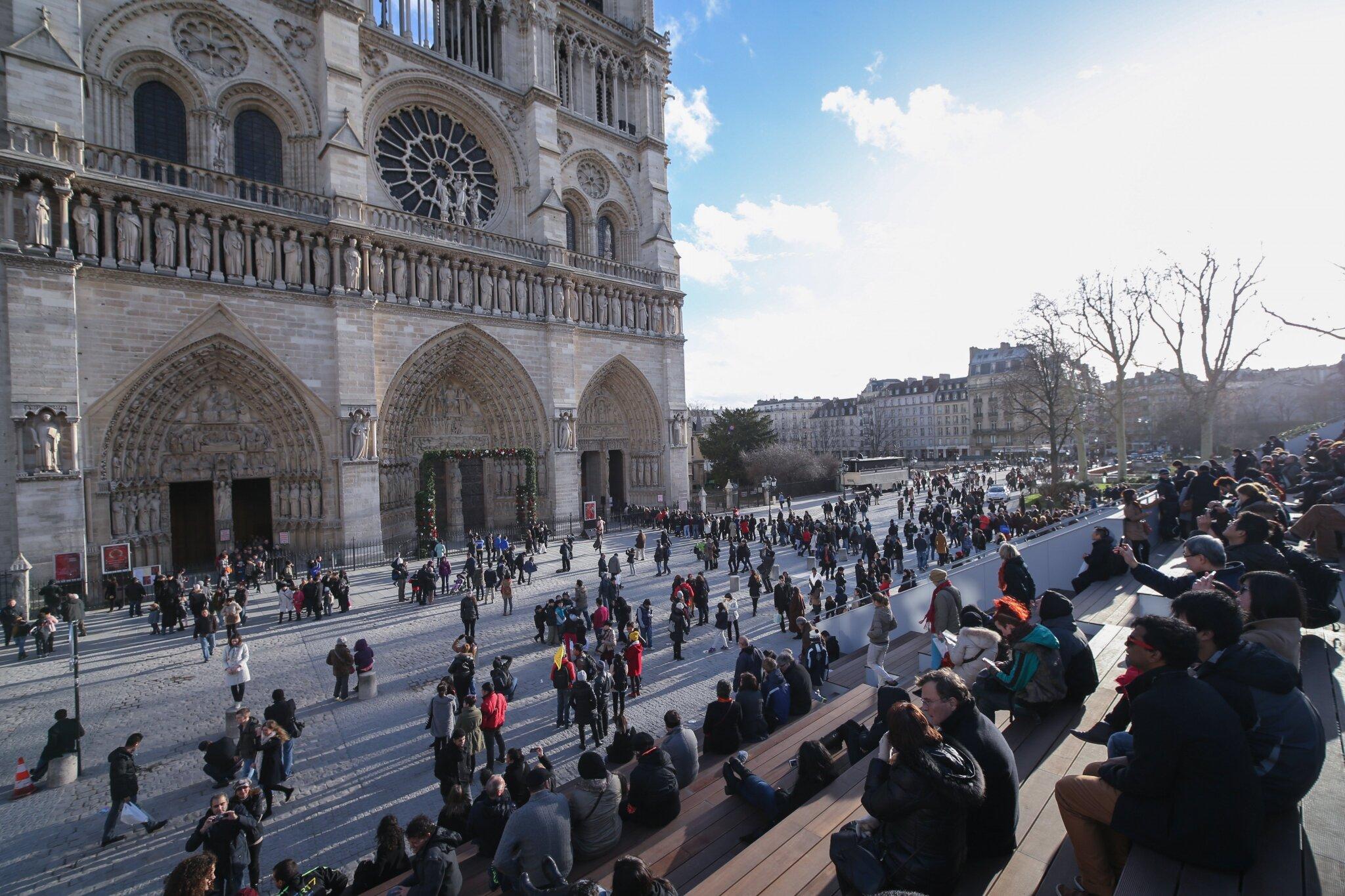 Un chemin du Jubilé pour les 850 ans de la cathédrale Notre-Dame de Paris. © Michel Stoupak. Mar 25.12.2012, 15:46.