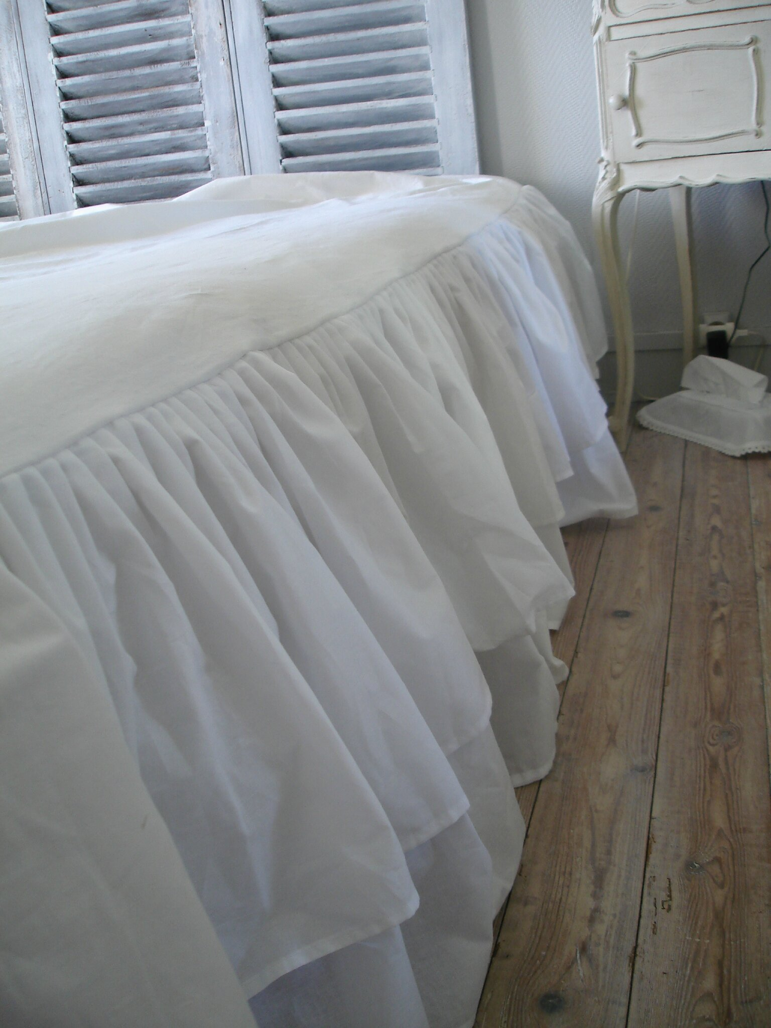 rideaux romantiques au coeur d 39 autrefois. Black Bedroom Furniture Sets. Home Design Ideas