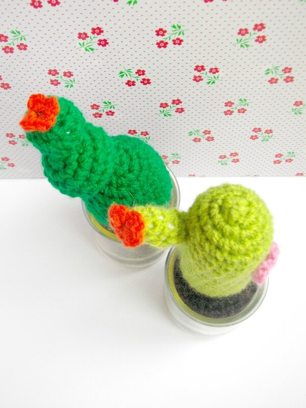 cactus-crochet-diy-blog-pot-verre-yaourt-comment-recycler-upcycling-crochet