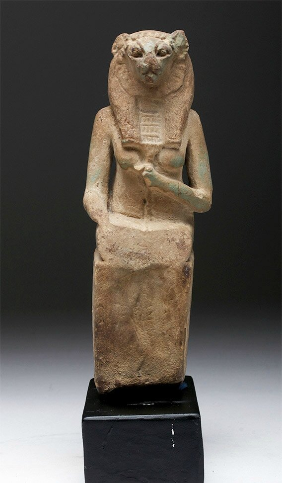 Artemis Gallery presents cultural antiquities, Pre-Columbian and ethnographic art in July sale