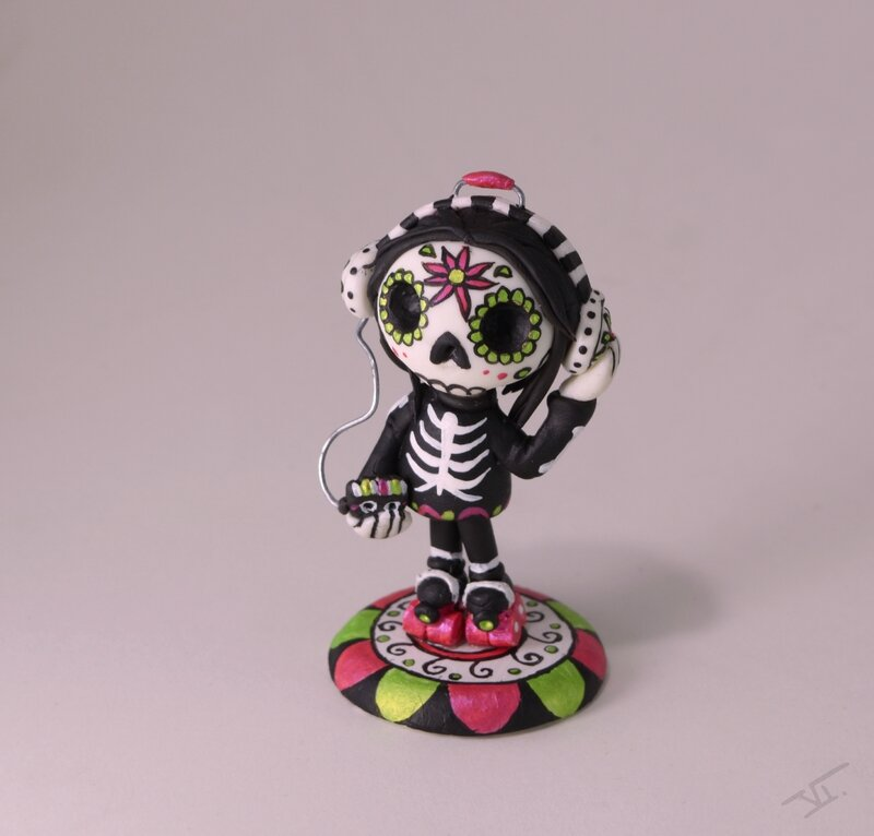 Calavera walkman6