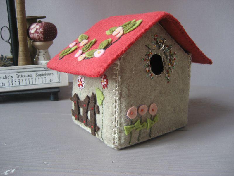 Maison en feutrine un deux croix et moi - Comment faire louer sa maison ...