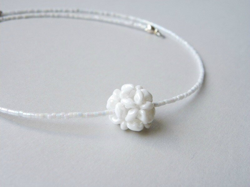 collier-blanc-mariage