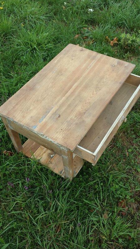 Table basse ancienne double plateau la petite brocanteuse La petite table basse en bois brut