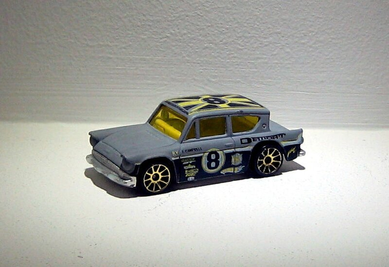 Ford anglia 105 E (2005)(Hotwheels)