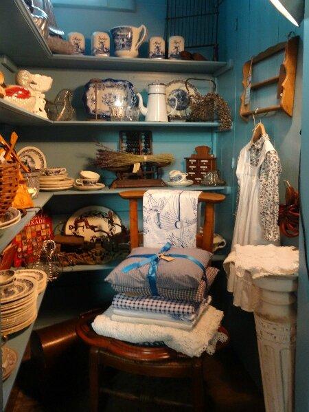 Boutique antiquités2