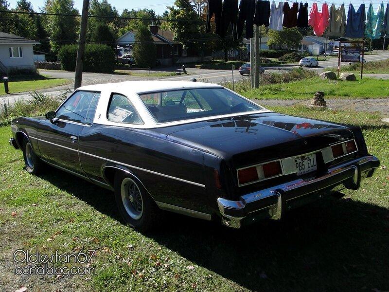 pontiac-bonneville-coupe-1974-02