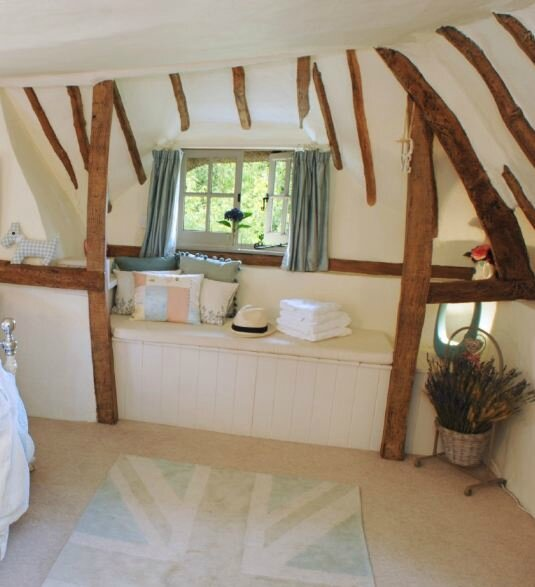 Old-Fox-Cottage-Cotswolds-Unique-Home-Stays-5