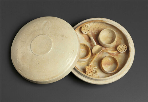 A Qingbai cosmetic box and cover, China, Southern Song Dynasty (1127-1279)