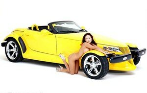 cars_girls_1