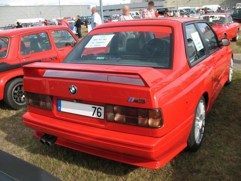 BMWM3E30ar1
