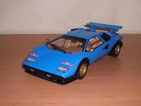 Lamborghini_Countach_LP_500_S_10