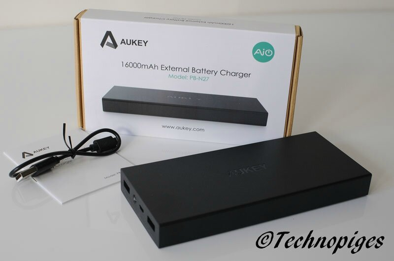 test de la batterie 16000 mah de la marque aukey mon petit journal high tech. Black Bedroom Furniture Sets. Home Design Ideas