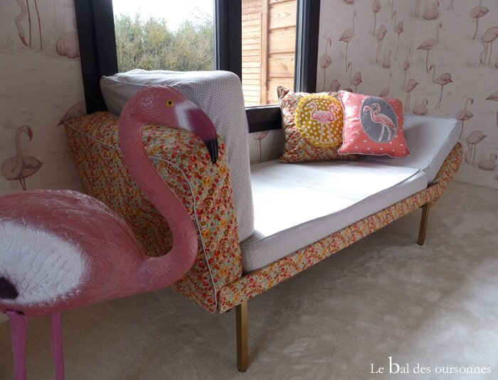101 Blog Daybed Vintage Liberty Flamant rose coussin