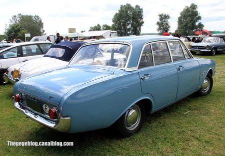 Ford taunus 17 M (P3) de 1962 (Retro Meus Auto Madine 2012) 02