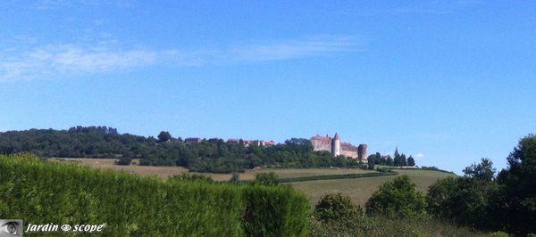 Vue-Chateauneuf-en-Auxois