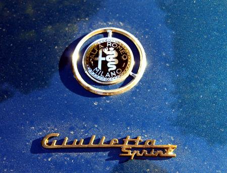 Alfa_romeo_giulietta_sprint_de_1960__1954_1962__Retrorencard_octobre_2010__03