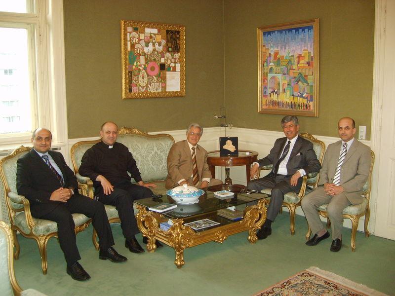 Ephrem YOUSIF chez l'ambassadeur d' Irak