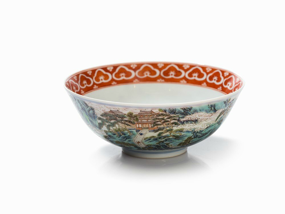 Landscape Bowl with Lushan Waterfall, Jiaqing Mark and Period (1796-1820)